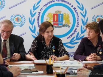 Состав Общественных наблюдательных комиссий, которые занимаются контролем за соблюдением прав заключенных, поменяется полностью в 44 регионах России, в том числе в Ивановской области.