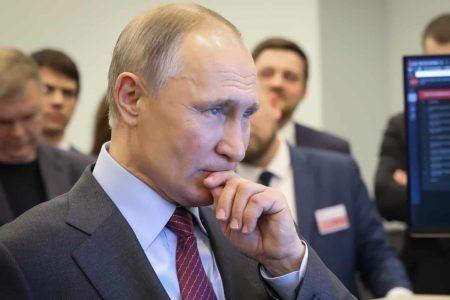 «Люди лучше знают, что, почему и как надо менять там, где они живут, работают, – в городах, районах, сёлах, по всей стране», - заявил в своём Послании Президент России В.В.Путин.