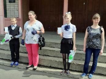 В рамках проекта «Много дарю» в Лухский район поступило 8 смартфонов.